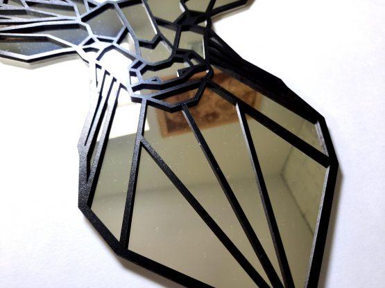 Jeleń geometryczny lustro